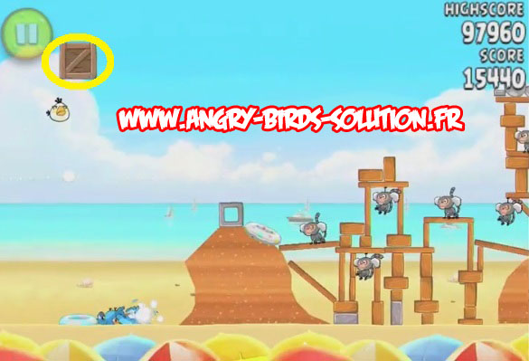 Pastèque d'or cachée 7 d'Angry Birds Rio : Beach Volley